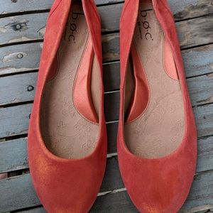Women's B.O.C Born Orange Leather Flats 8M NWOT